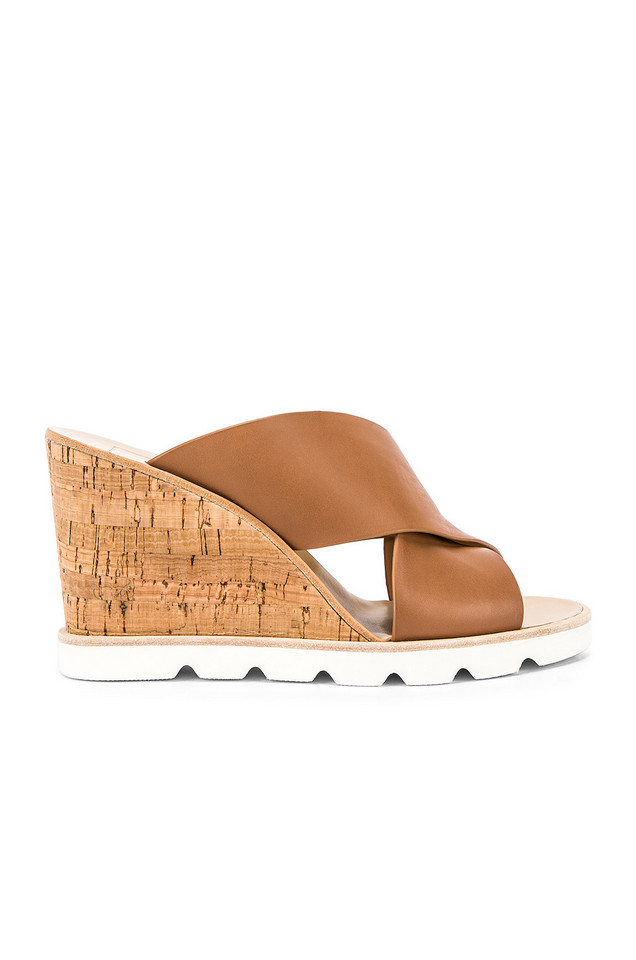 Dolce Vita Lida Wedge in brown