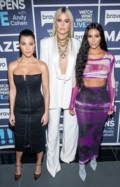 shoes,khloe kardashian,kardashians,kourtney kardashian,kim kardashian,strapless,strapless dress,bustier dress