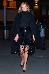 skirt,all black everything,karlie kloss,model off-duty,fashion week,turtleneck,sequins,sequin skirt