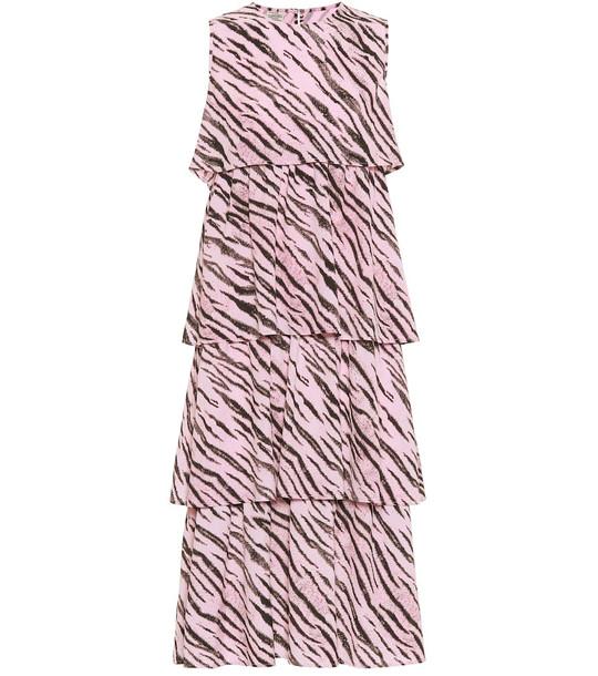 Baum und Pferdgarten Exclusive to Mytheresa – Aija tiger-print midi dress in pink