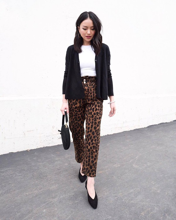 shoes pumps leopard print pants black bag white t-shirt black cardigan casual mid heel pumps