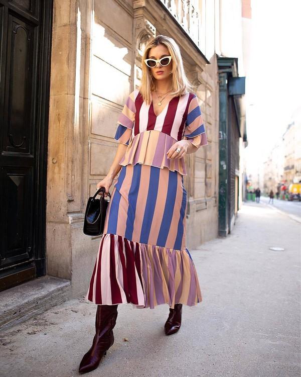 dress maxi dress striped dress red boots knee high boots black bag handbag