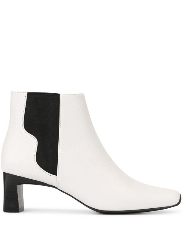 Senso Genevieve boots in white