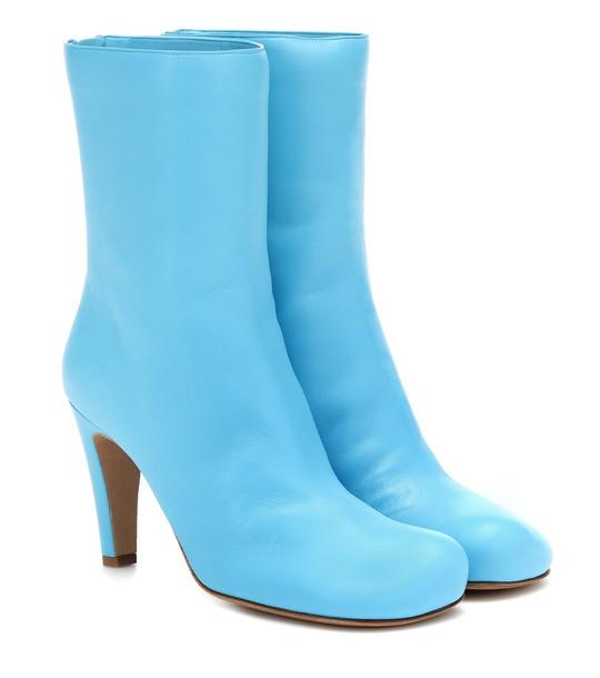 Bottega Veneta Bloc leather ankle boots in blue