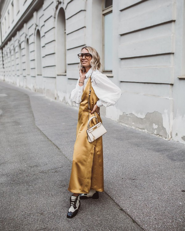 bag white bag ankle boots maxi dress white blouse