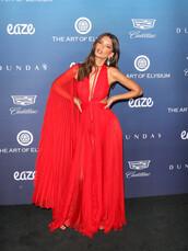 dress,red dress,red,red carpet dress,emily ratajkowski,model,celebrity,gown,maxi dress,slit dress