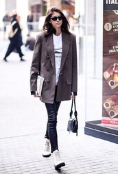 jacket,kaia gerber,model off-duty,streetstyle,fashion week,celebrity,pants