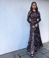 dress,floral dress,floral,debby ryan,maxi dress,golden globes,sandals,celebrity style