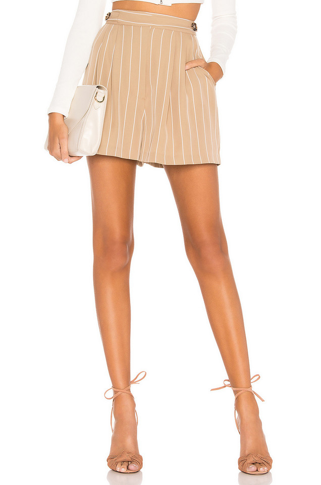 L'Academie The Remy Short in tan