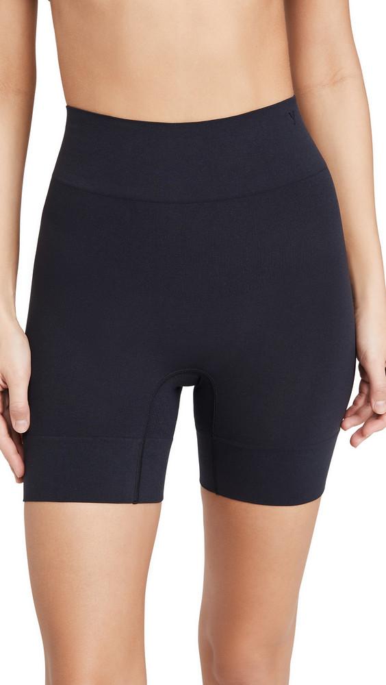 Yummie Bria No Roll Wide Hem Shorts in black