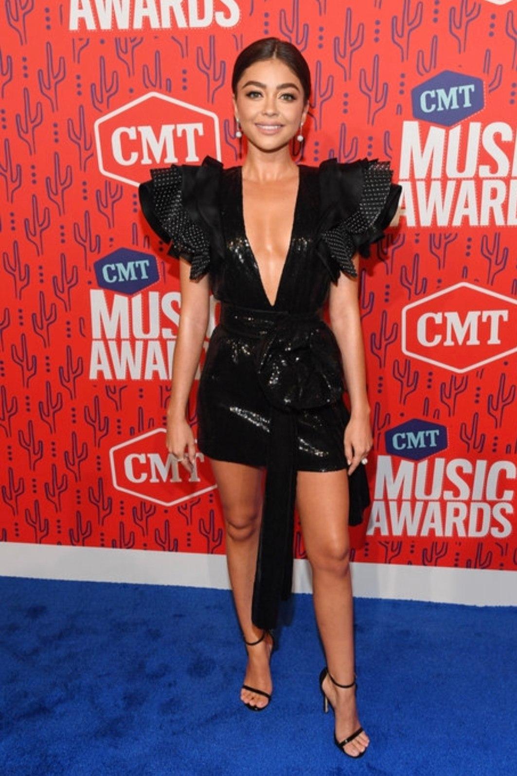 dress plunge dress black dress sarah hyland celebrity sexy dress little black dress