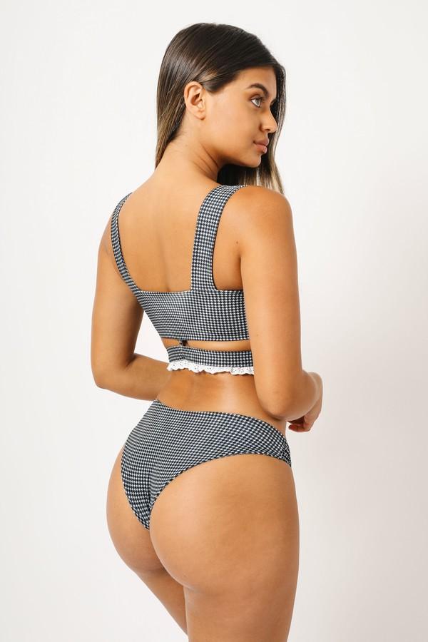 swimwear checkered bikini kaohs swimwear ishine365 shop ishine365 black and white bikini full coverage bikini bottom knot detail sofia jamora