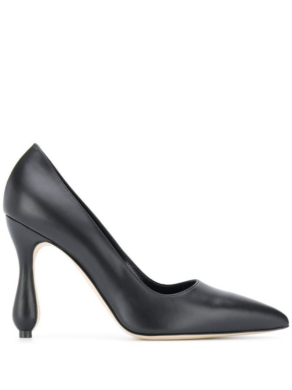 Manolo Blahnik sculpted heel pump in black