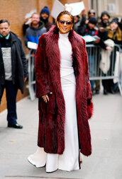 coat,fur,fur coat,purse,jennifer lopez,celebrity,white,white dress,burgundy