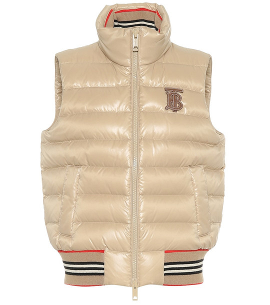 Burberry Hessle quilted vest in beige