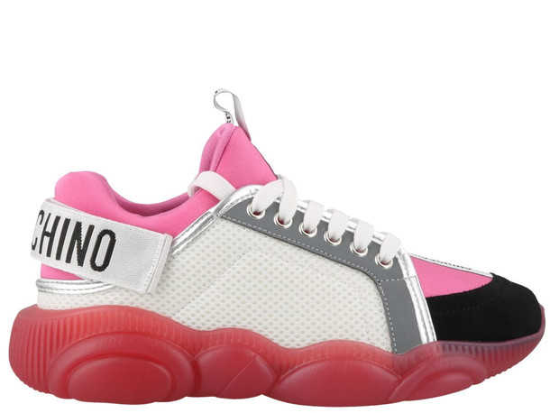 Moschino Teddy Sneakers in rose / white