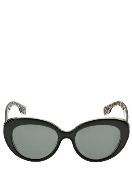 BURBERRY Tb Logo Round Acetate Sunglasses in black / grey