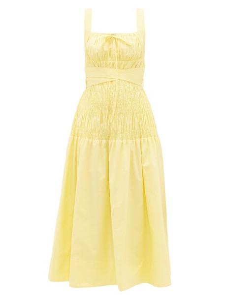 Self-portrait - Belted Shirred Cotton Midi Dress - Womens - Yellow
