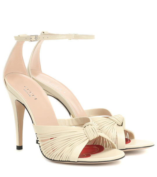 Gucci Leather sandals in white