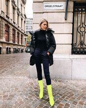 pants,joggers,black jacket,yellow,neon,boots,black turtleneck top,black bag