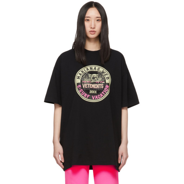 VETEMENTS Black Surfer Logo T-Shirt