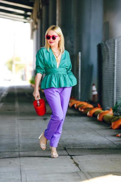 thehuntercollector blogger top pants jewels sunglasses bag