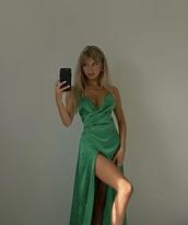 dress,green,formal dress,gown,emerald green