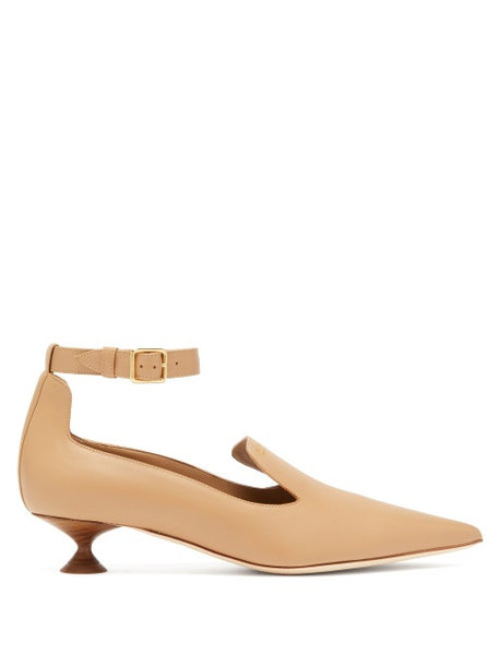 Burberry - Brecon Point Toe Leather Pumps - Womens - Brown
