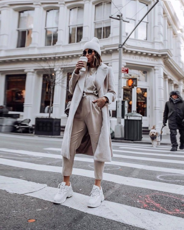 pants high waisted pants white sneakers long coat top beanie