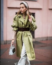 coat,trench coat,army green,white bag,pvc,white jeans,flare jeans,belt,turtleneck sweater,headband