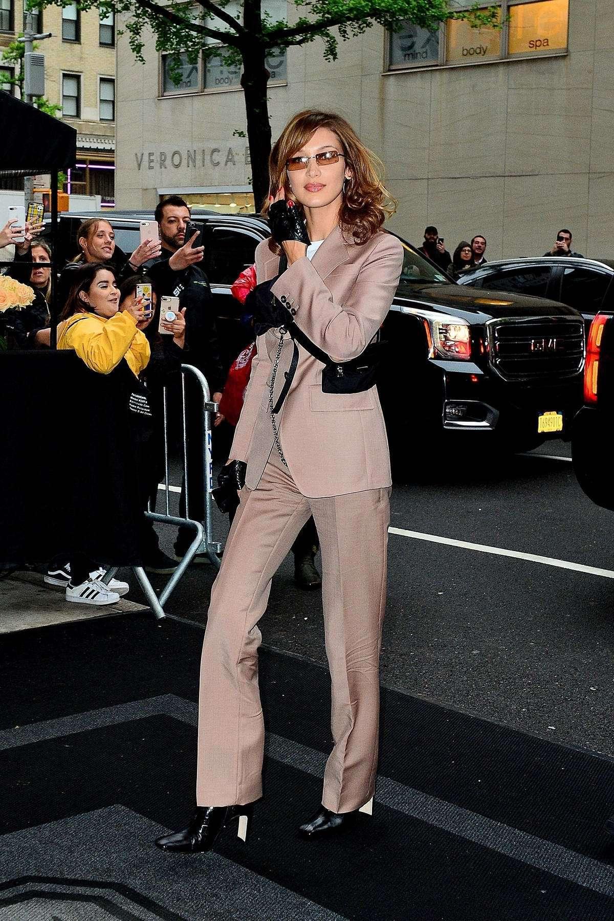 jacket bella hadid celebrity model off-duty suit pants