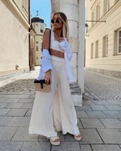 top,crop tops,wide-leg pants,high waisted pants,shirt,platform sandals,woven bag