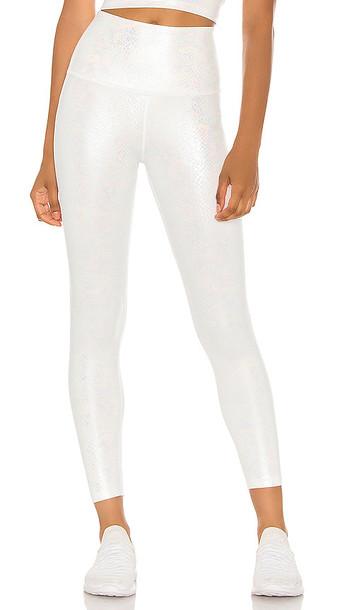 Beyond Yoga Viper Legging in White