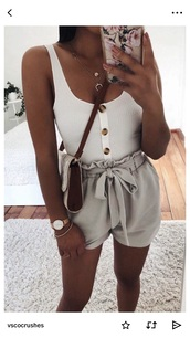 blouse,white button up top,tank top,white,buttons,shorts,flowy shorts,white top,high waisted,cute,paperbag