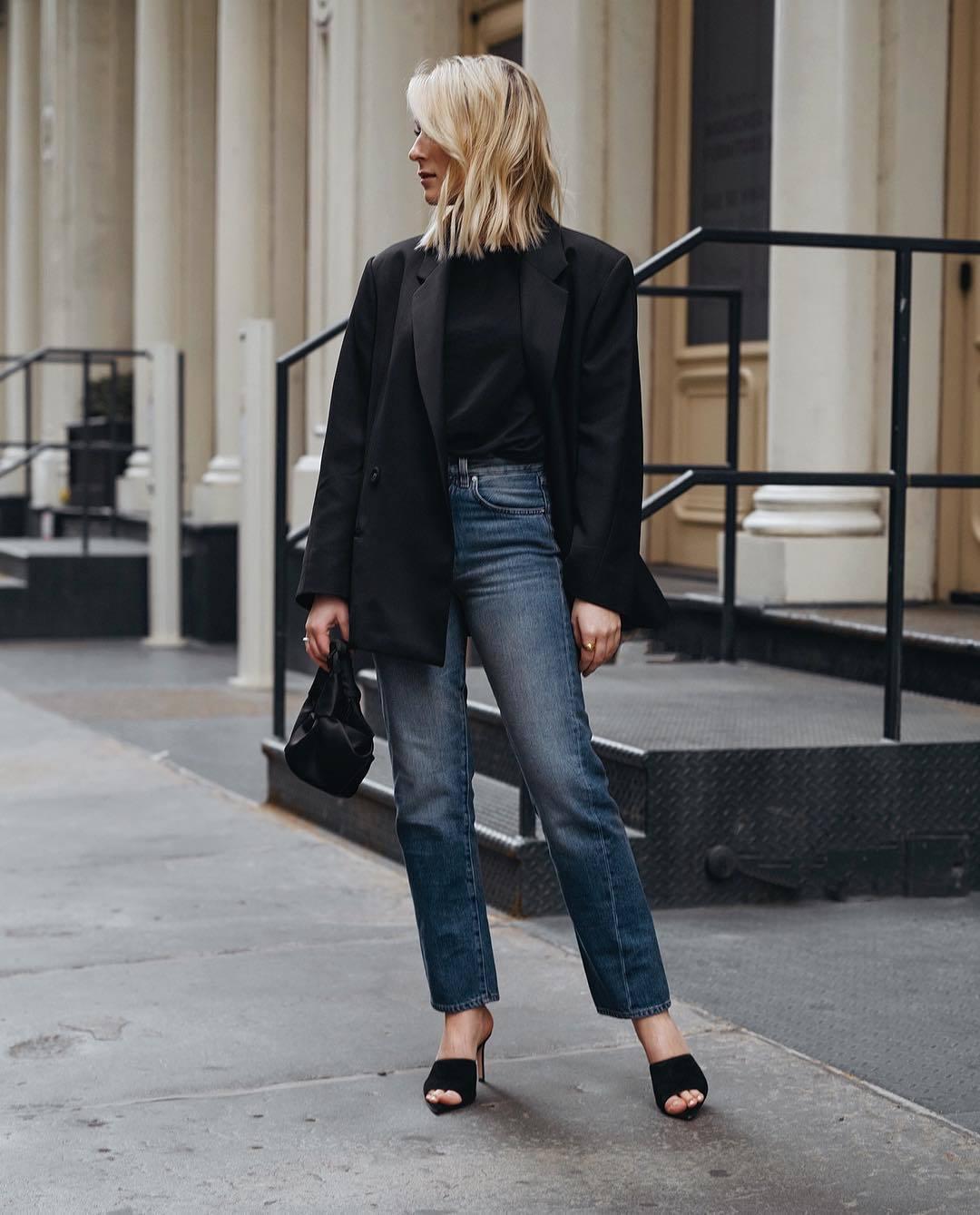 jacket black blazer double breasted oversized black sandals straight jeans high waisted jeans black t-shirt black bag