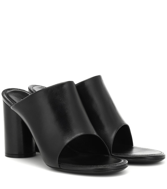 Balenciaga Leather sandals in black