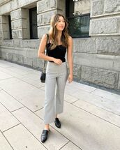 pants,gingham trousers,top,black top,shoes