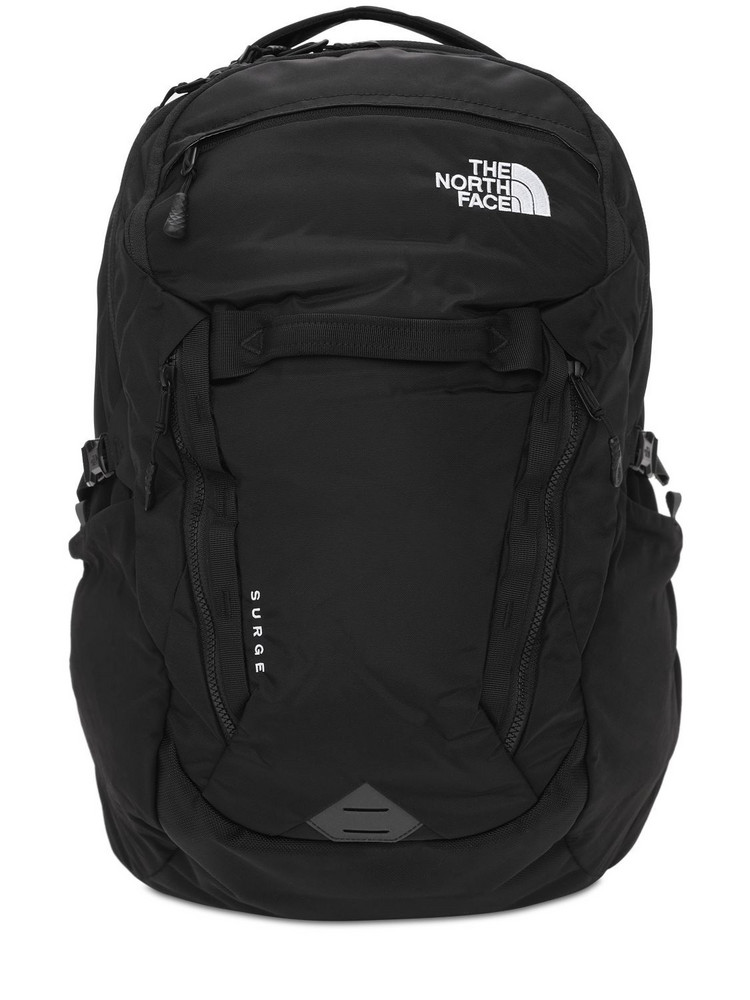 THE NORTH FACE 31l Surge Backpack in black