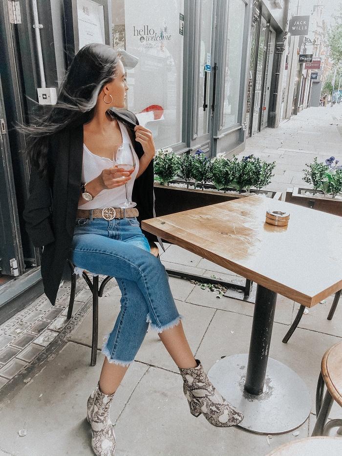leona meliskova blogger top jacket jeans shoes belt
