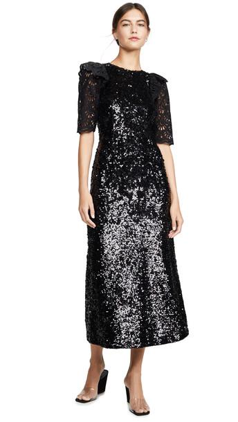 Sea Sequined Short Sleeve Dress in black