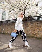 pants,black pants,polka dots,white boots,ankle boots,blue bag,white shirt