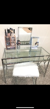 home accessory,make-up,makeup table,desk