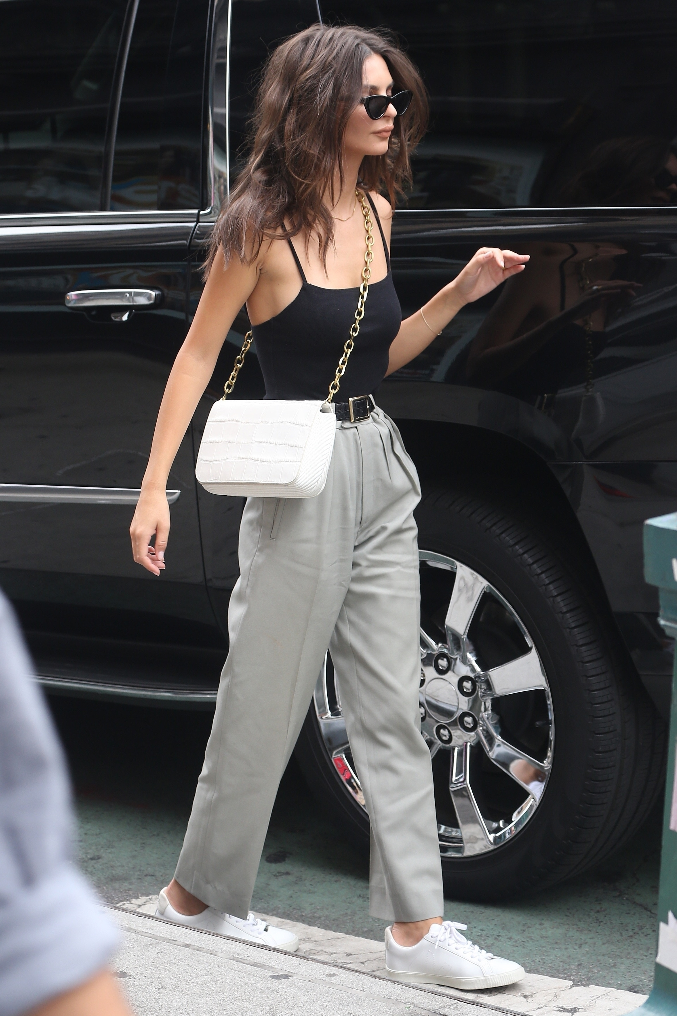 top tank top bodysuit pants emily ratajkowski model off-duty streetstyle