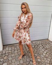 dress,wrap dress,floral dress,long sleeve dress,white sandals
