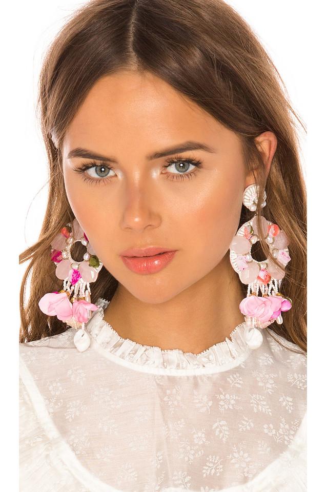 Ranjana Khan Seaside Blooms Earring in pink