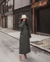 coat,long coat,green coat,double breasted,pumps,white pants,white turtleneck top,felt hat