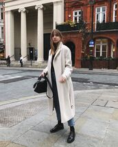 coat,wool coat,white coat,black shoes,socks,jeans,black bag,crossbody bag,black belt,black top