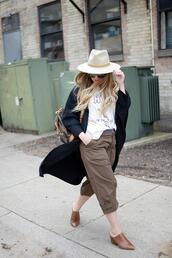 blonde bedhead,blogger,pants,t-shirt,cardigan,hat