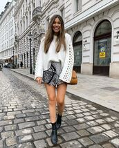shorts,black and white,black boots,ankle boots,white sweater,crossbody bag