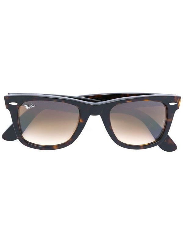 Ray-Ban Wayfarer sunglasses in brown
